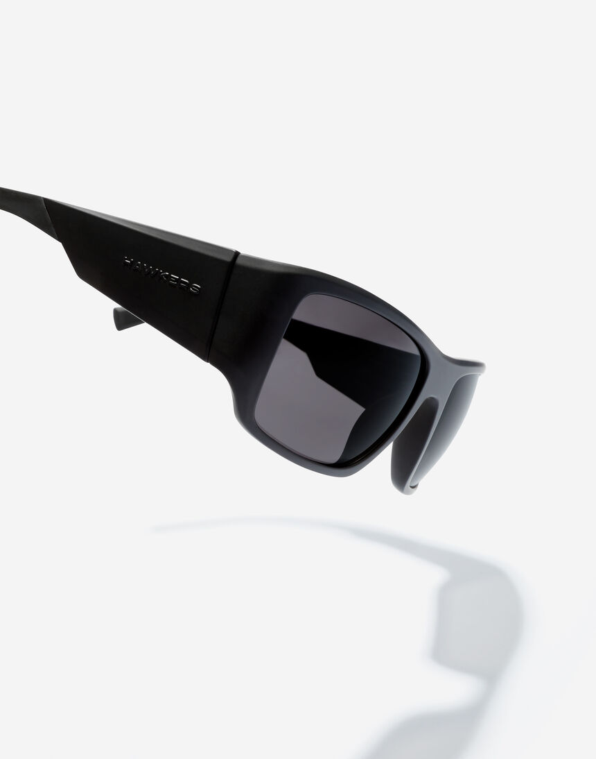 Hawkers 360 - POLARIZED CARBON BLACK master image number 3.0