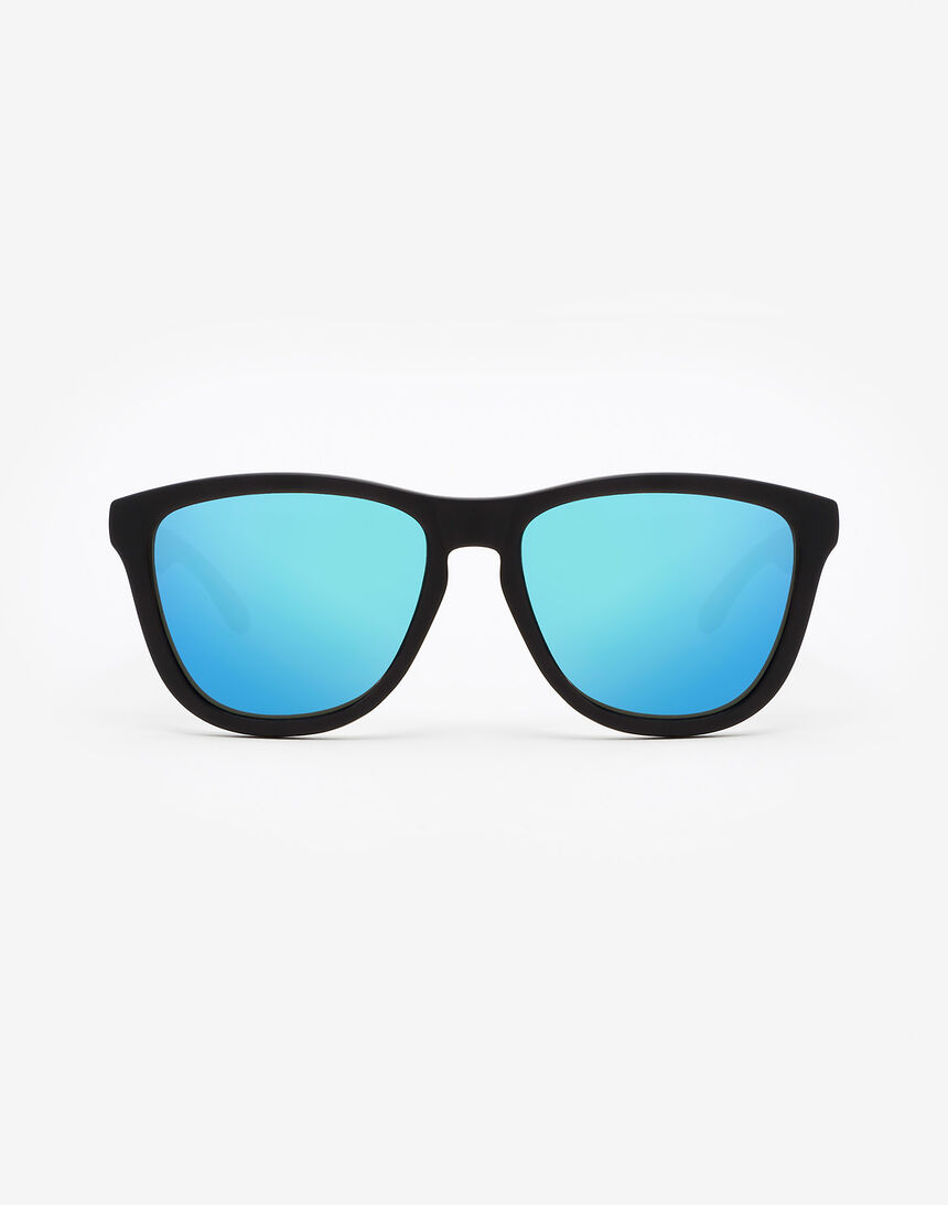 Hawkers Polarized Carbon Black Clear Blue One master image number 0