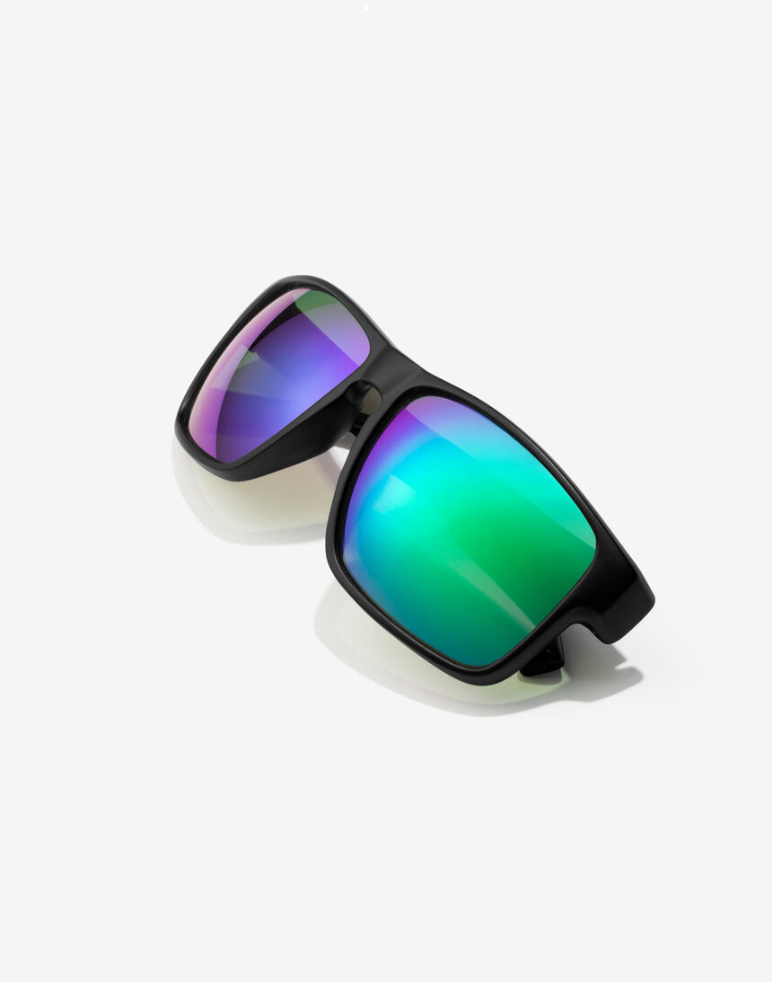 Hawkers Polarized Black Emerald Faster master image number 4.0
