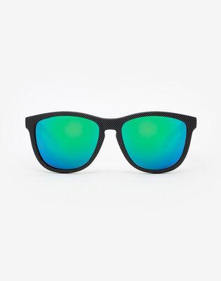 Carbono Emerald One
