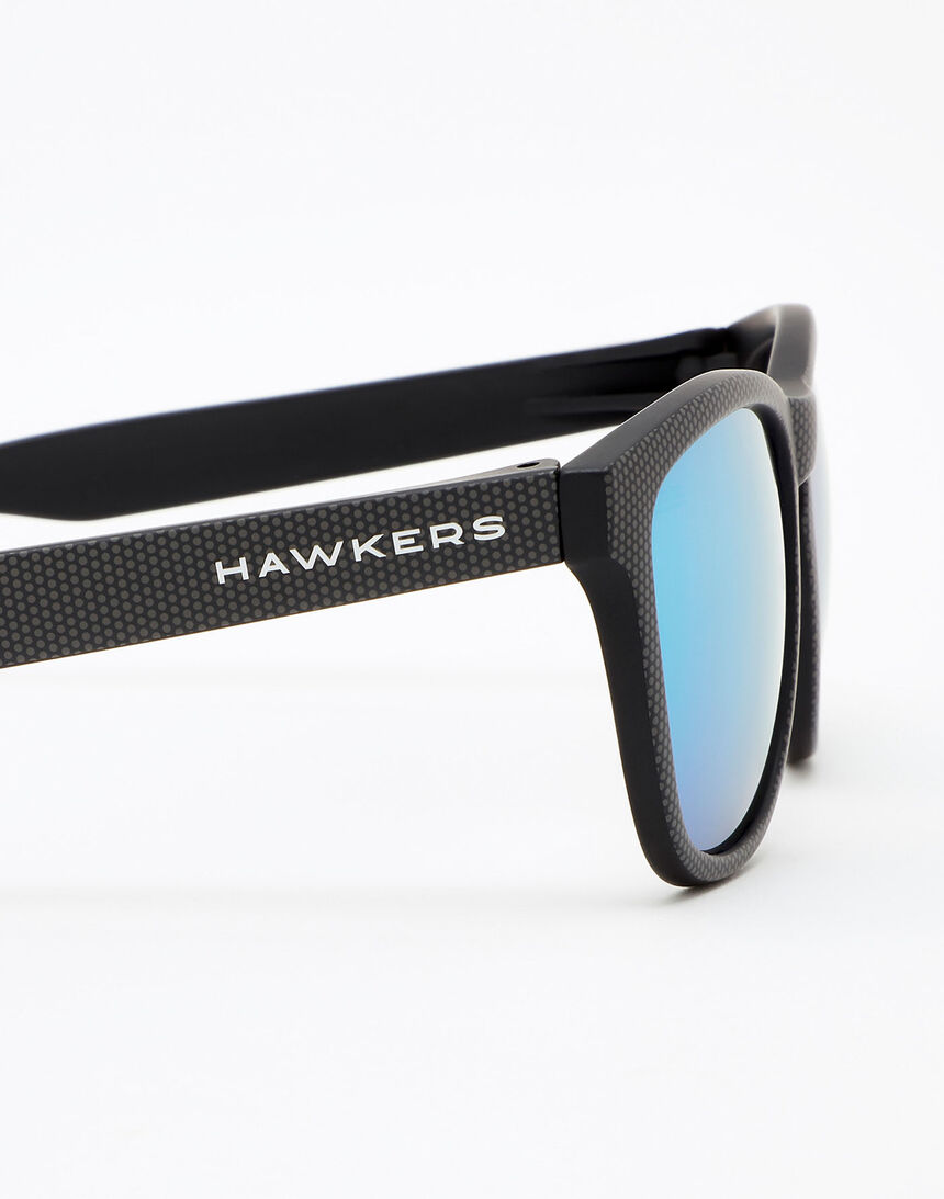 Hawkers Carbono Spotted Blue Chrome One master image number 5.0