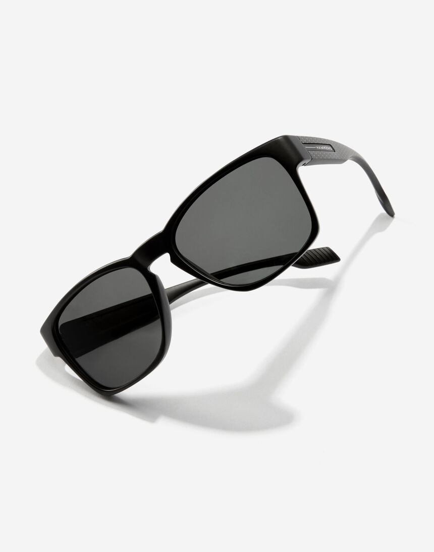 Hawkers CORE - POLARIZED CARBONO BLACK master image number 3.0