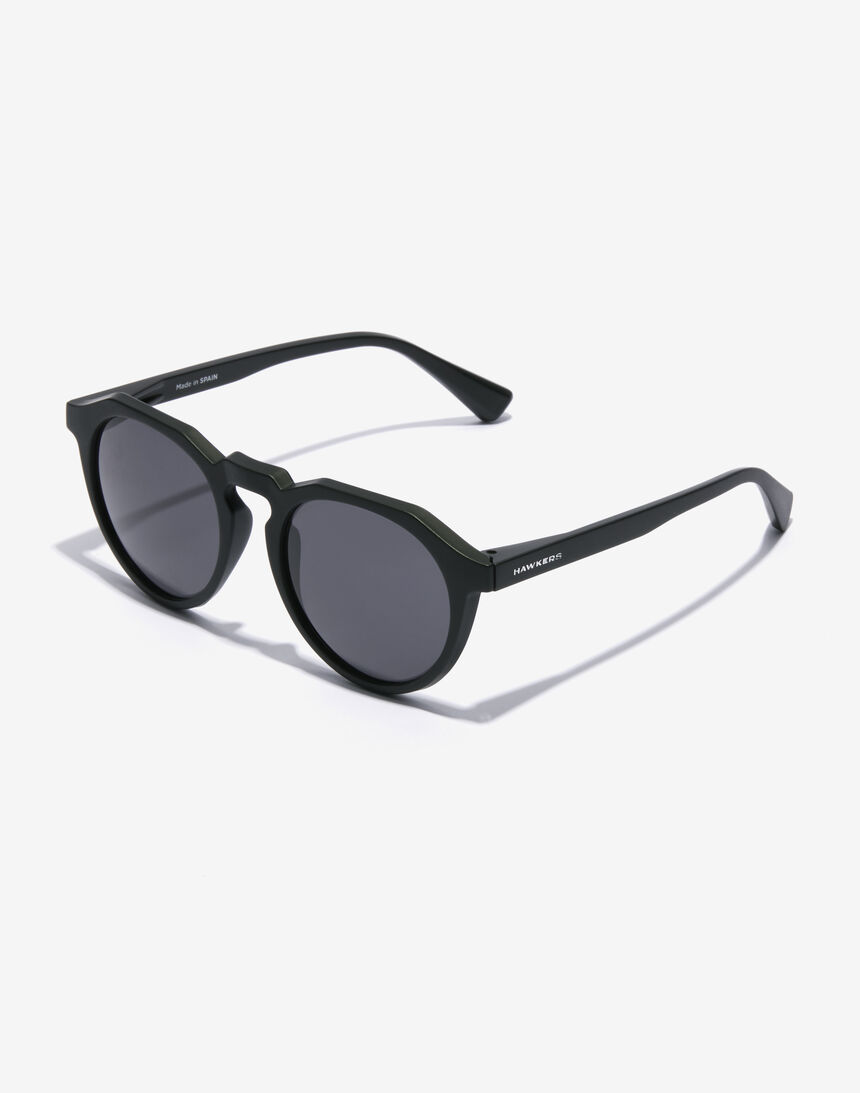 Hawkers WARWICK RAW - POLARIZED CARBON BLACK master image number 2.0