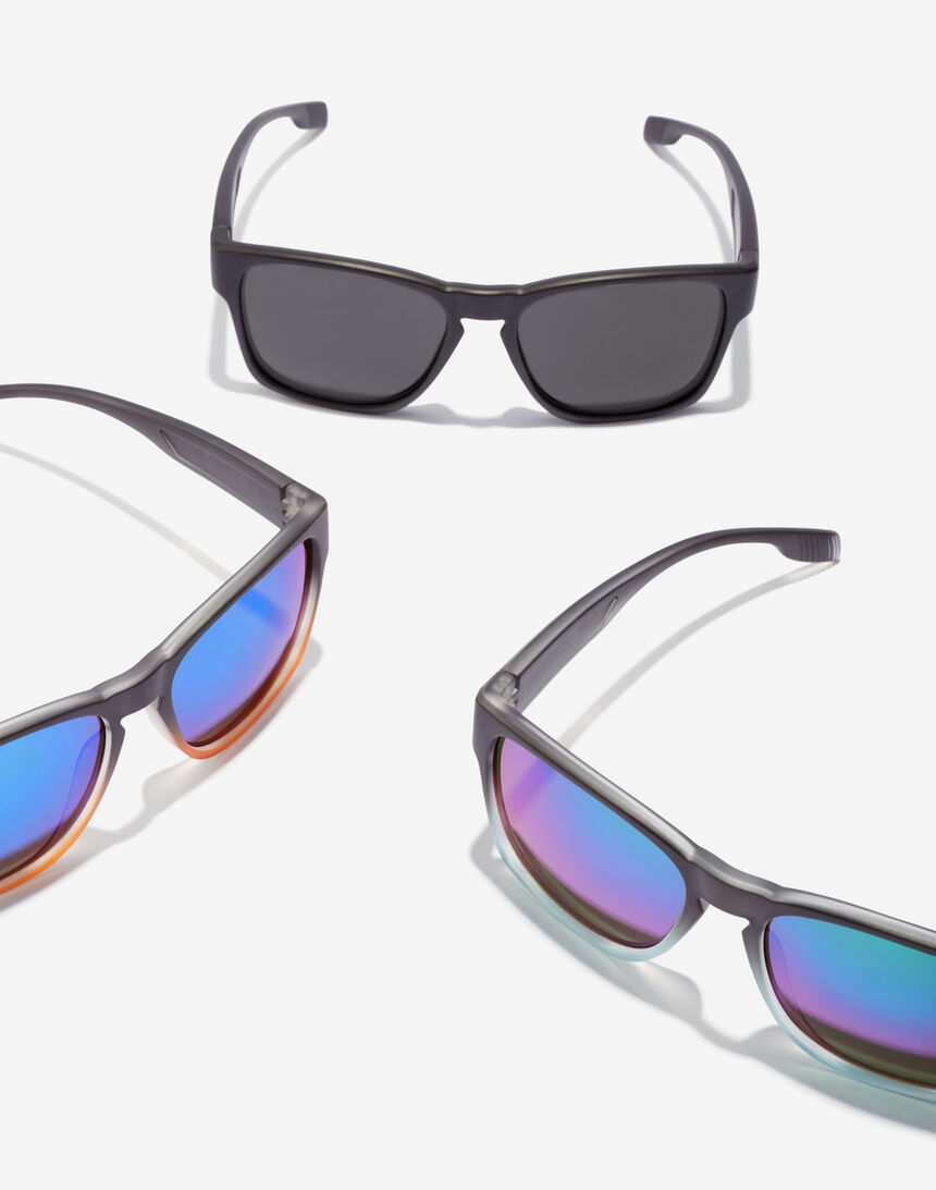 Hawkers CORE - POLARIZED BLACK master image number 6.0