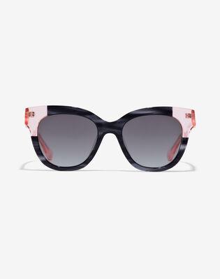 Black Pink Audrey