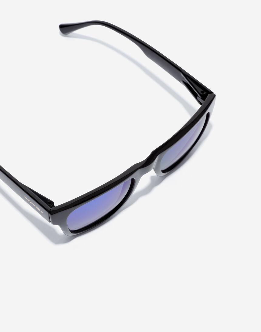 Hawkers TOX - POLARIZED BLACK EMERALD master image number 5.0