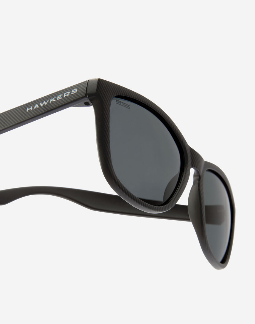 Hawkers ONE - POLARIZED CARBONO DARK master image number 3.0