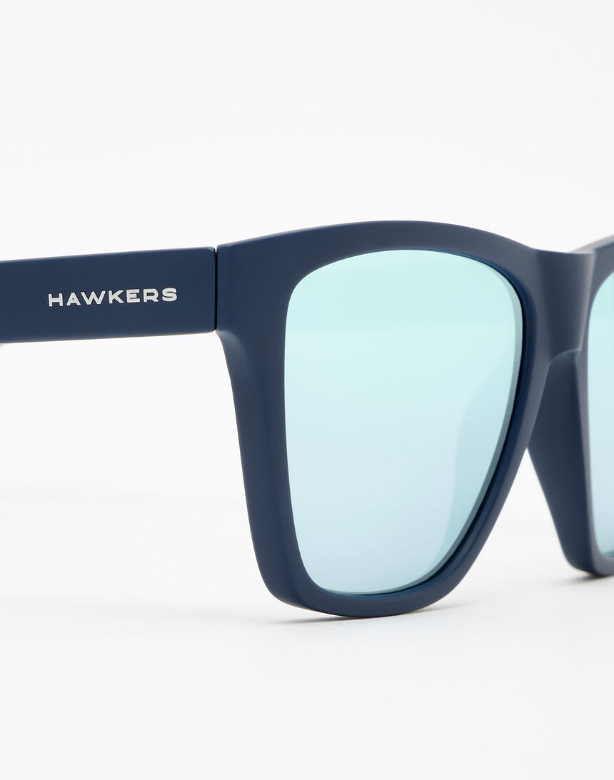Hawkers Navy Blue Blue Chrome ONE LS master image number 5.0