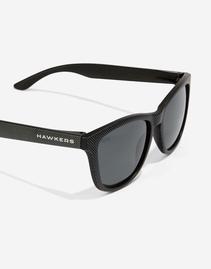 Hawkers ONE - POLARIZED CARBONO DARK master image number 5.0