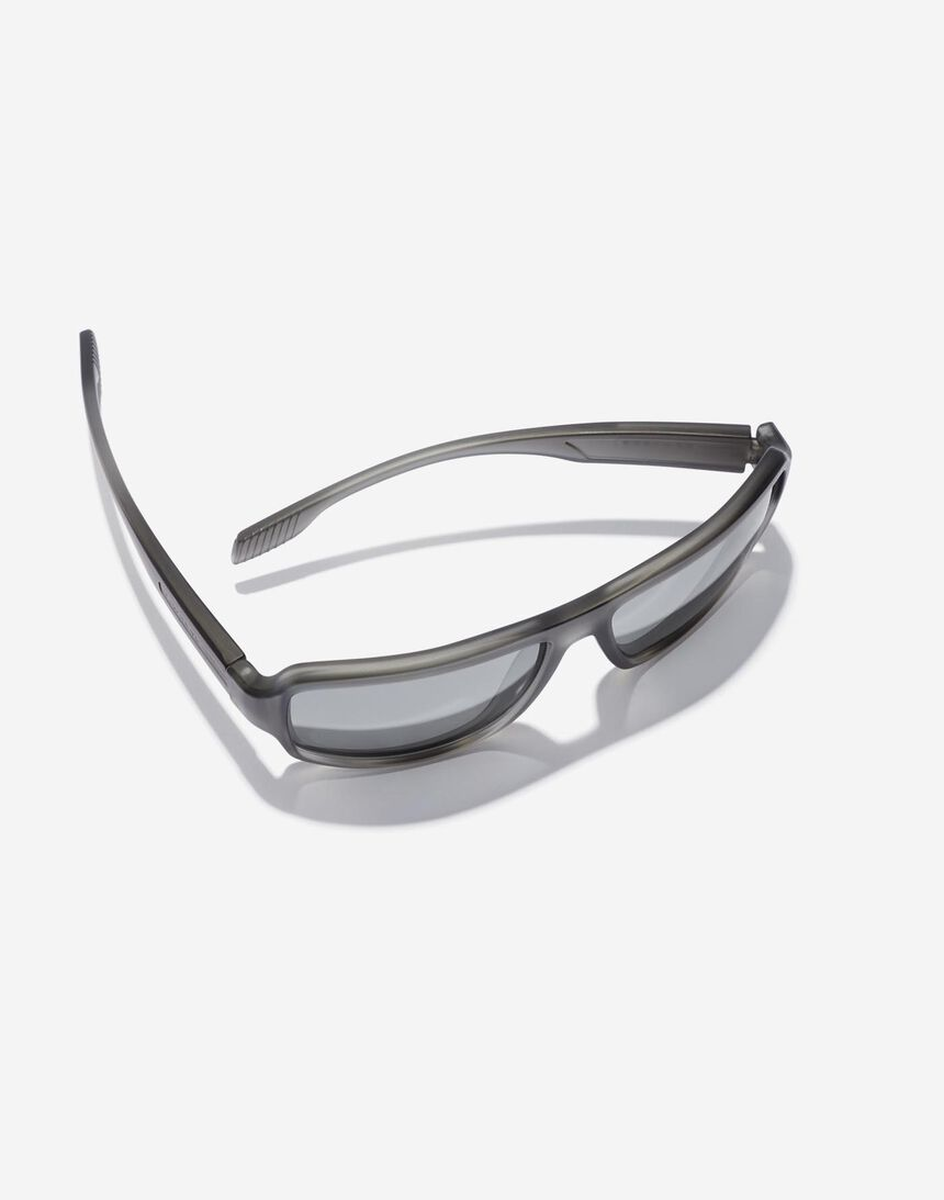 Hawkers F18 - POLARIZED GREY master image number 4.0