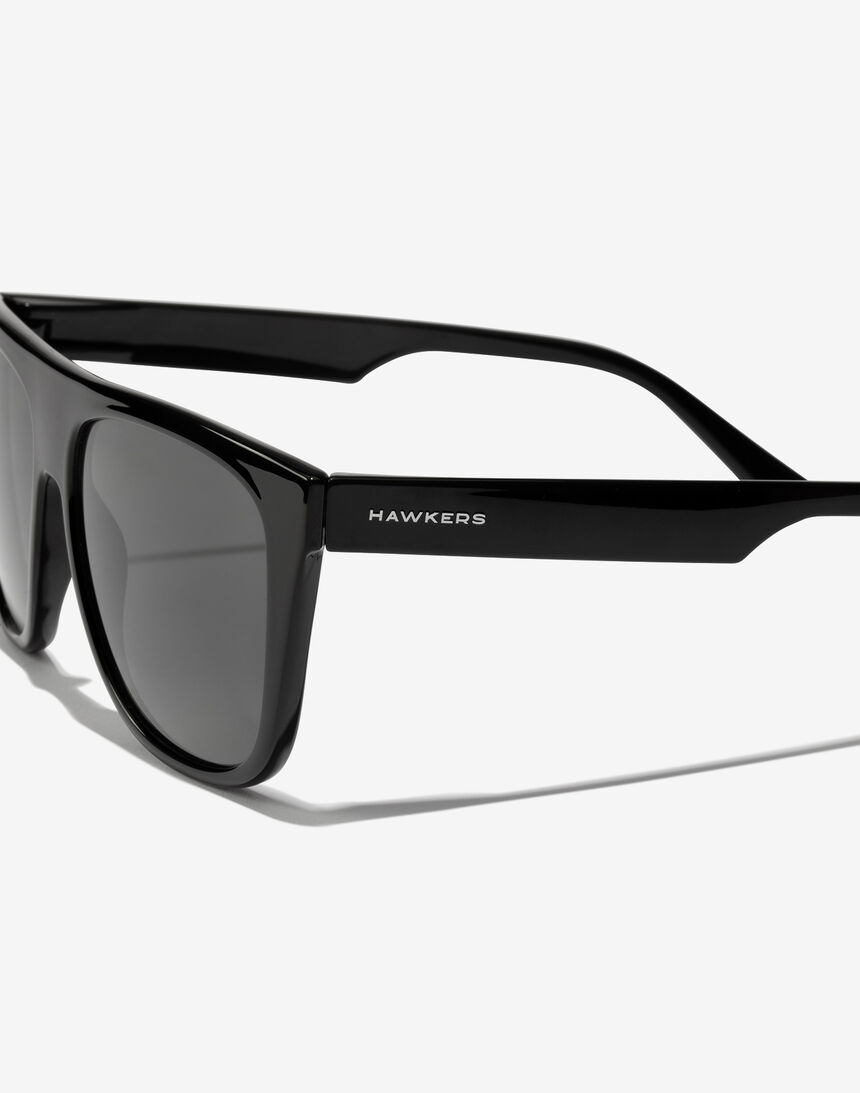 Hawkers Polarized Black Runway master image number 3.0