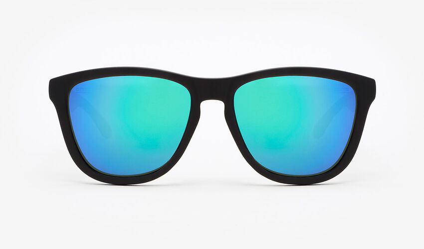 Hawkers Polarized Carbon Black Emerald One master image number 1