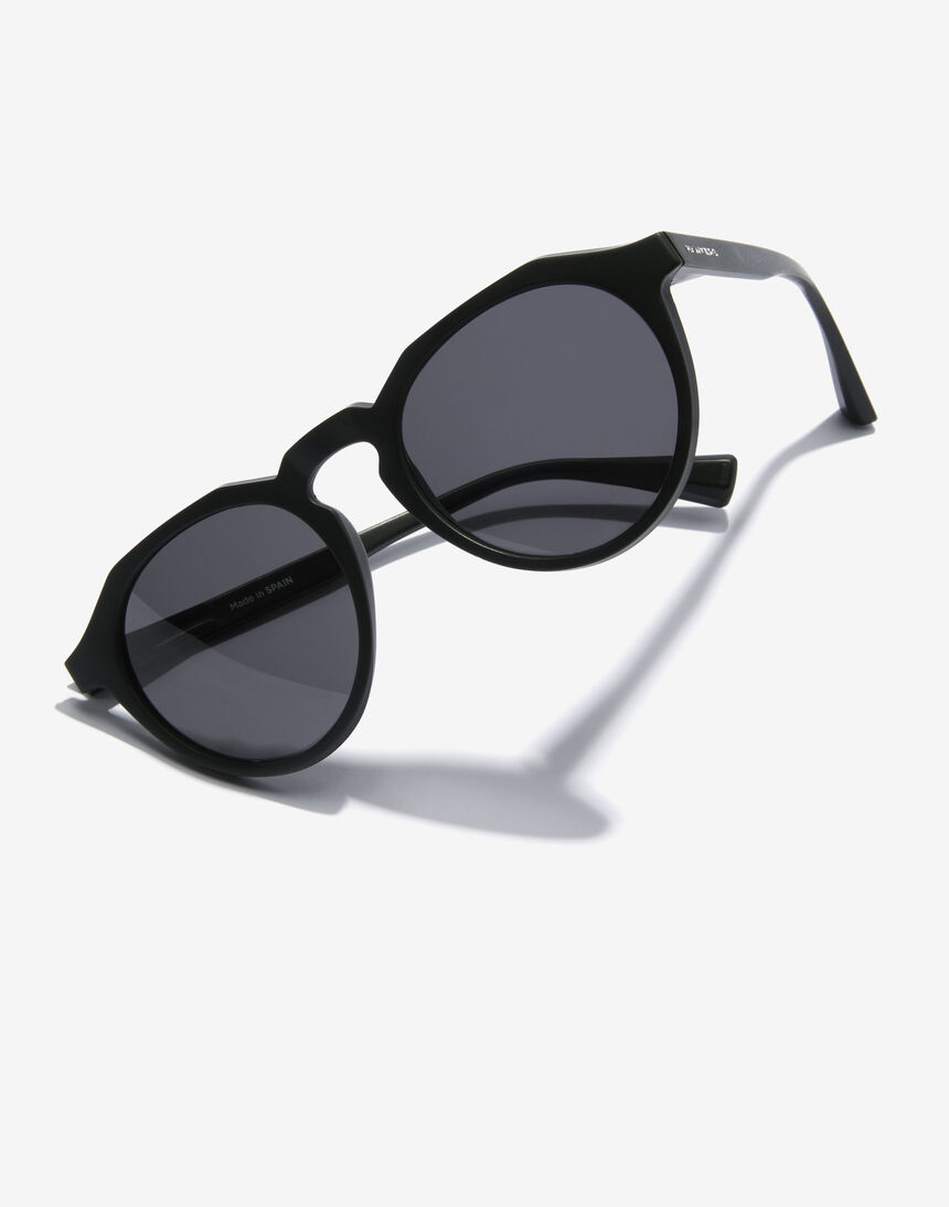 Hawkers WARWICK RAW - POLARIZED CARBON BLACK master image number 3.0