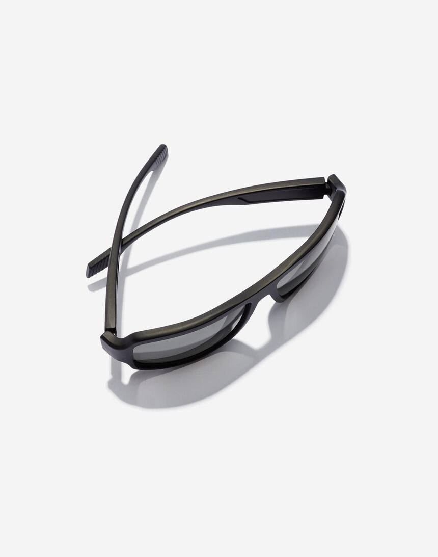 Hawkers F18 - POLARIZED BLACK master image number 3.0