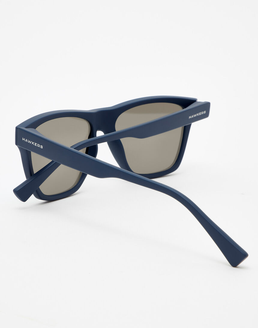 Hawkers Navy Blue Blue Chrome ONE LS master image number 4.0