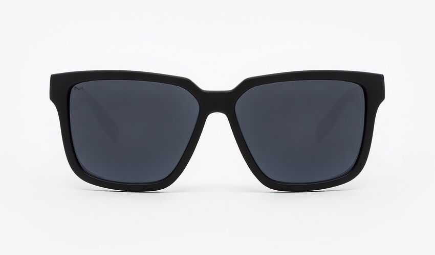 Hawkers Polarized Carbon Black Dark Motion master image number 1