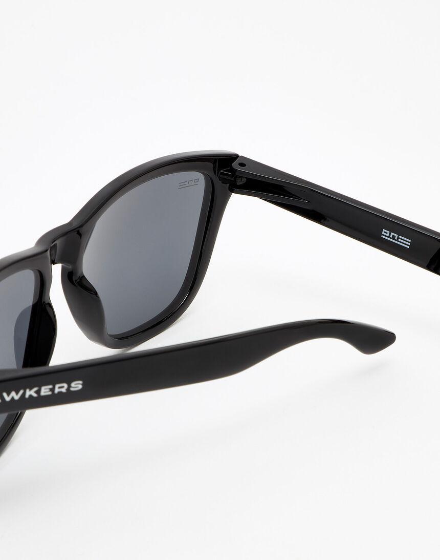 Hawkers Diamond Black Dark One master image number 4.0