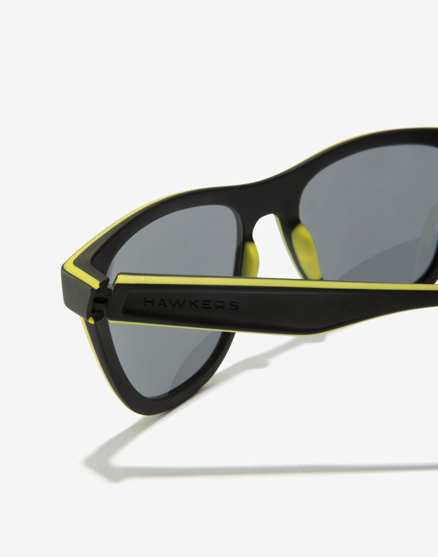 Hawkers VR46 Riders Academy X Hawkers Sport Black master image number 5.0