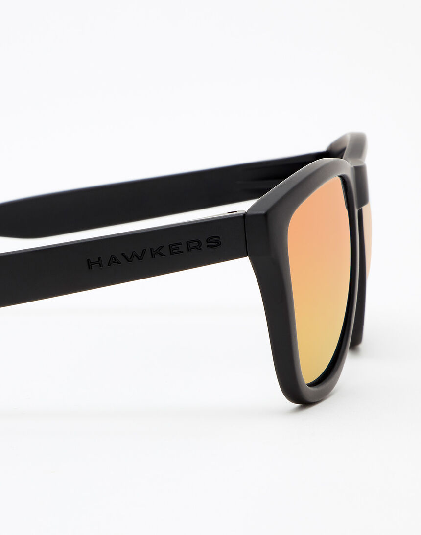 Hawkers Carbon Black Daylight One master image number 5.0