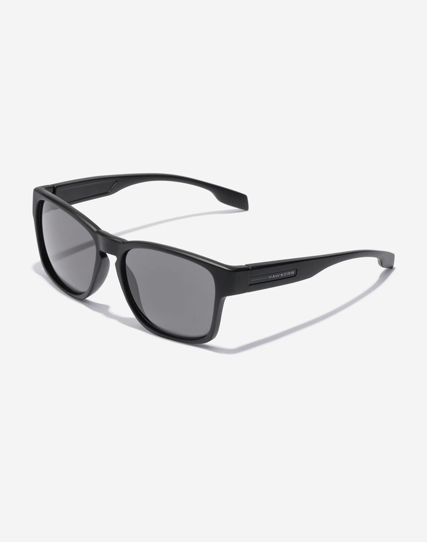 Hawkers CORE - POLARIZED BLACK master image number 2.0