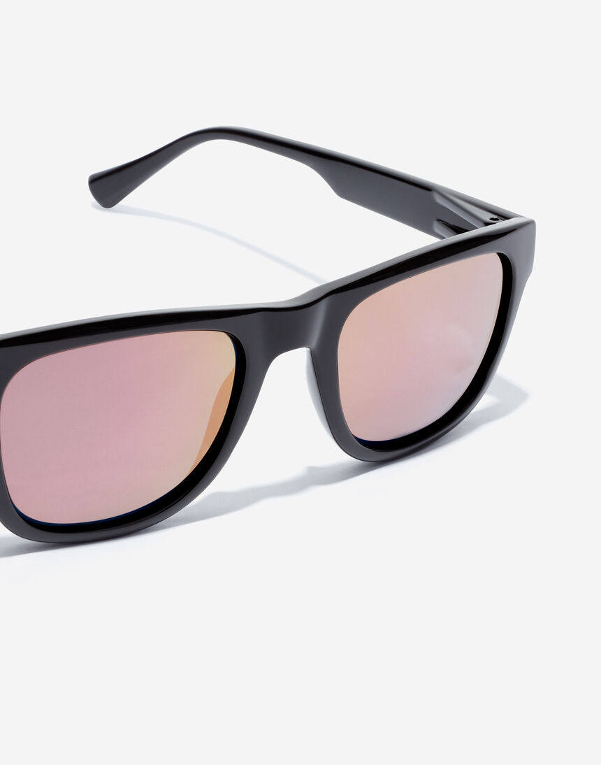 Hawkers TOX - POLARIZED BLACK ROSE GOLD master image number 3.0