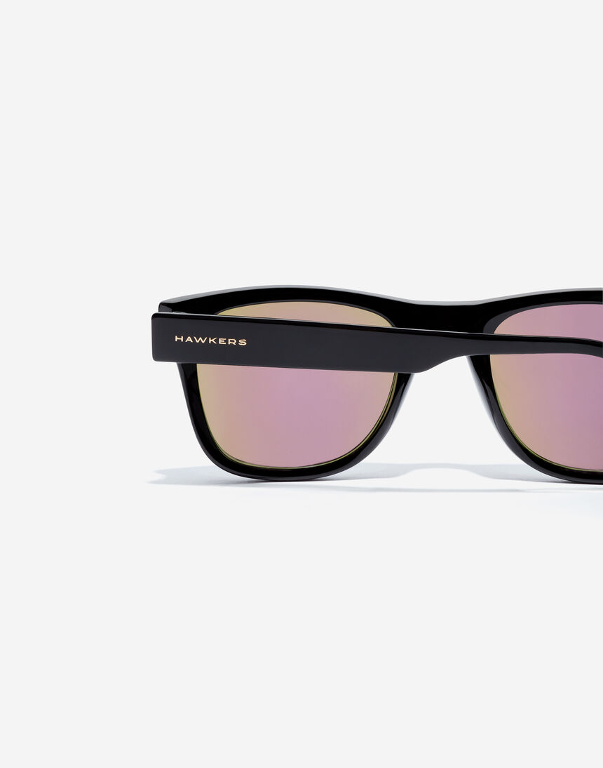 Hawkers TOX - POLARIZED BLACK ROSE GOLD master image number 4.0