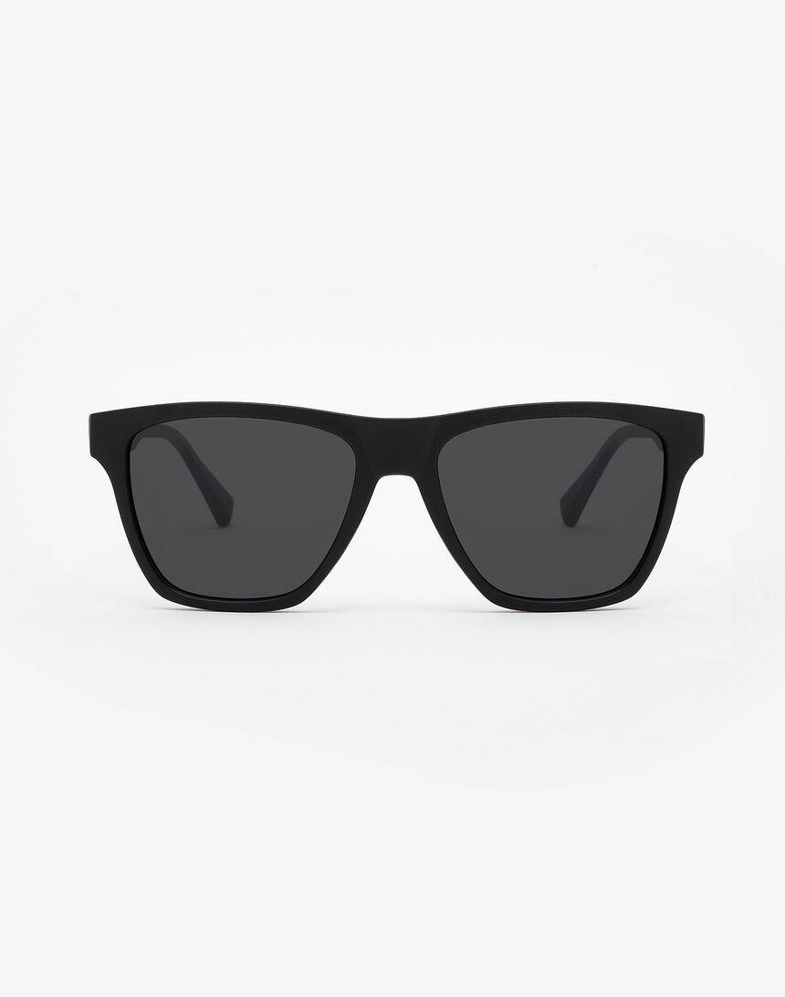 Hawkers Polarized Carbon Black Dark ONE LS master image number 0