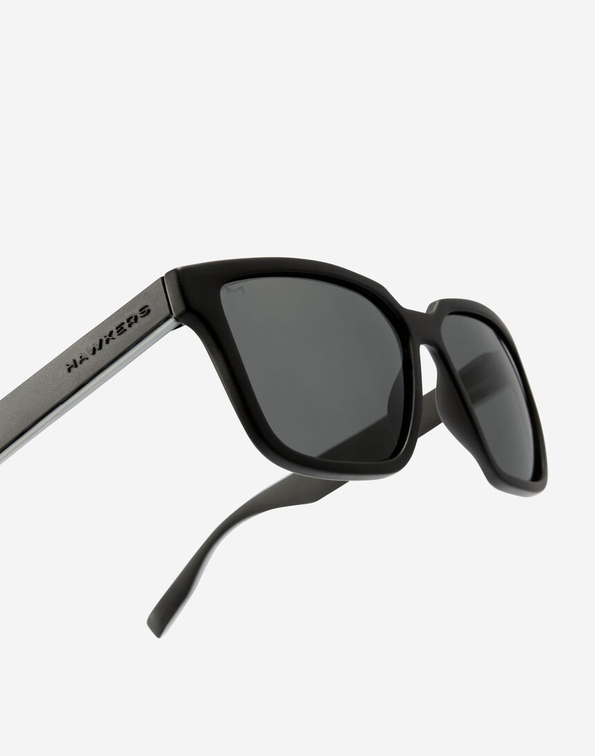 Hawkers MOTION - POLARIZED BLACK master image number 5.0