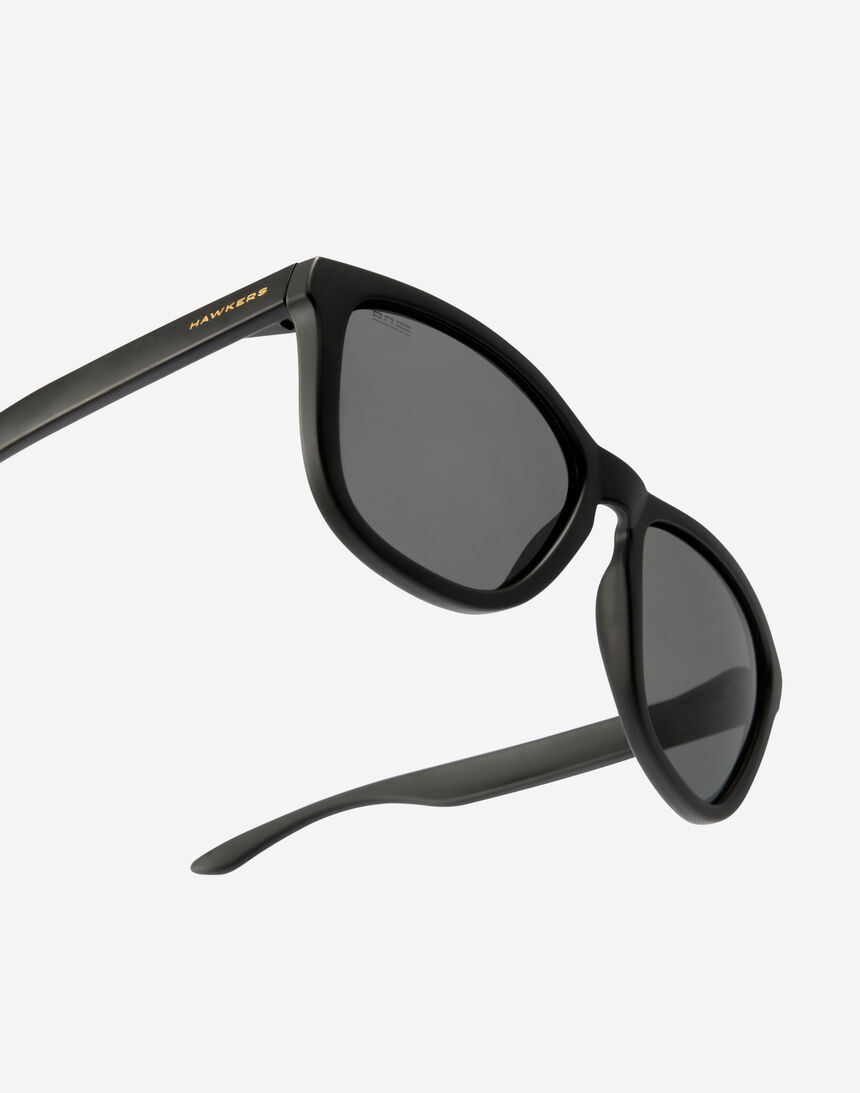 Hawkers ONE - POLARIZED BLACK DARK master image number 3.0