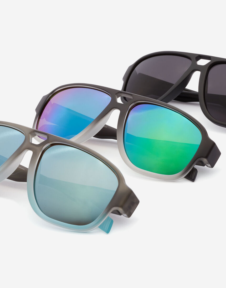 Hawkers STEEZY - POLARIZED BLACK master image number 6.0