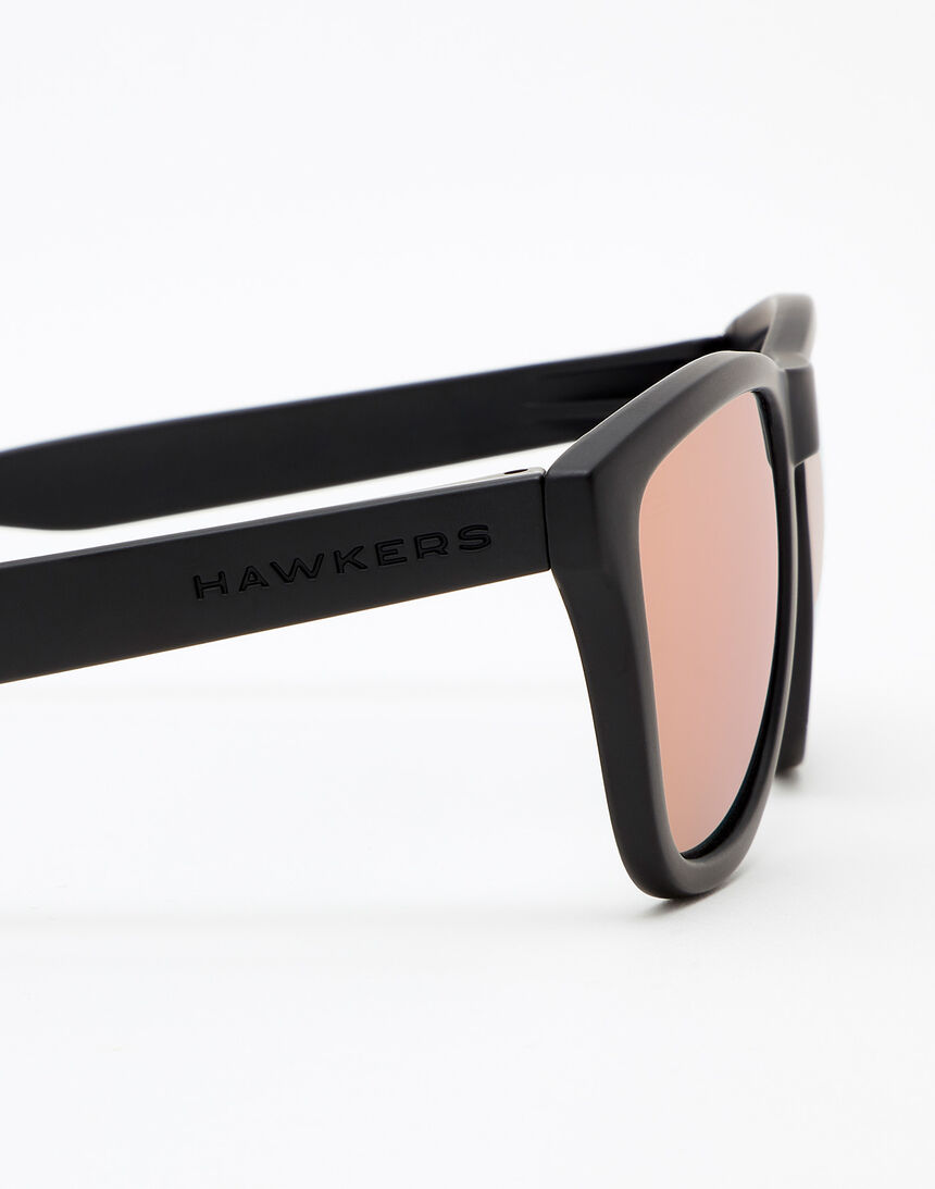 Hawkers Carbon Black Rose Gold One master image number 5.0