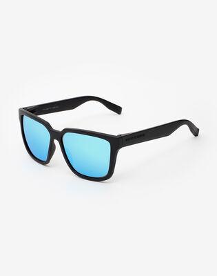 Carbon Black Clear Blue Motion