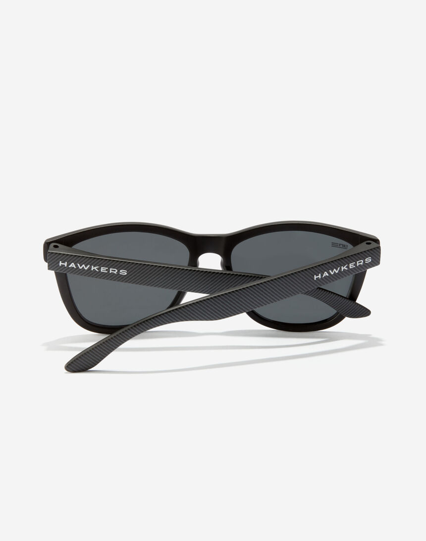 Hawkers ONE - POLARIZED CARBONO DARK master image number 4.0