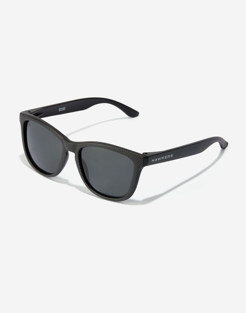 Hawkers ONE - POLARIZED CARBONO DARK master image number 2.0