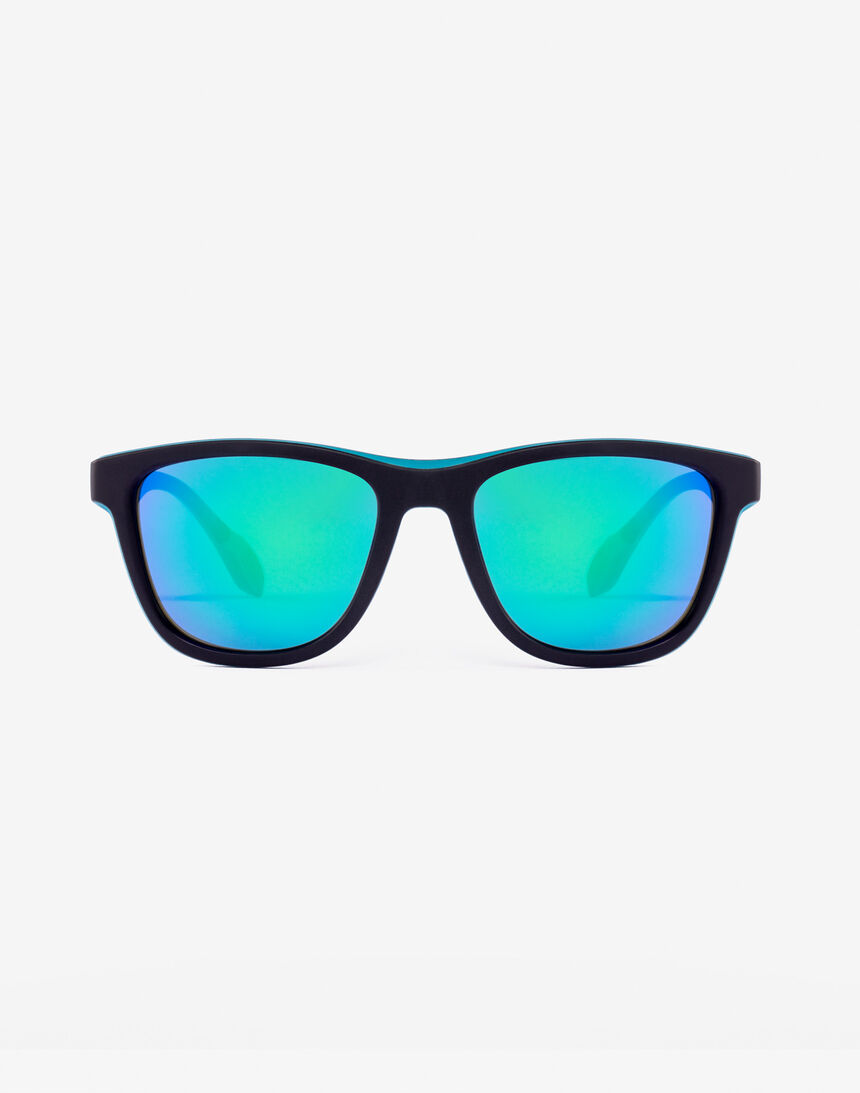 Hawkers Polarized Black Green Rubber Emerald ONE S master image number 0