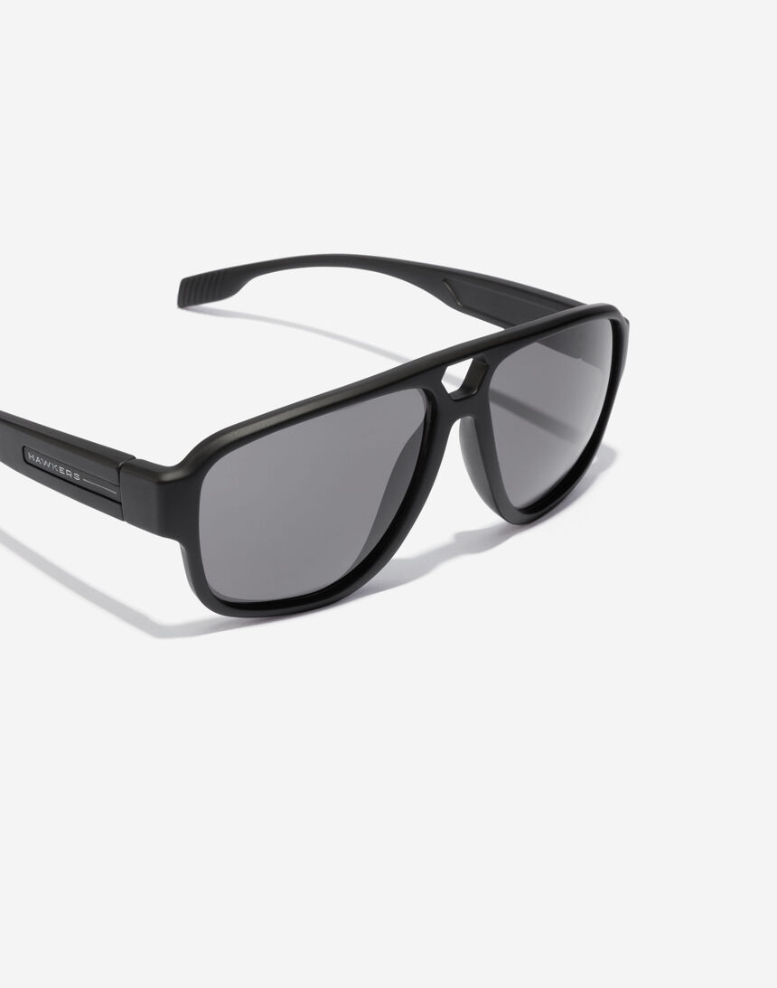 Hawkers STEEZY - POLARIZED BLACK master image number 3.0