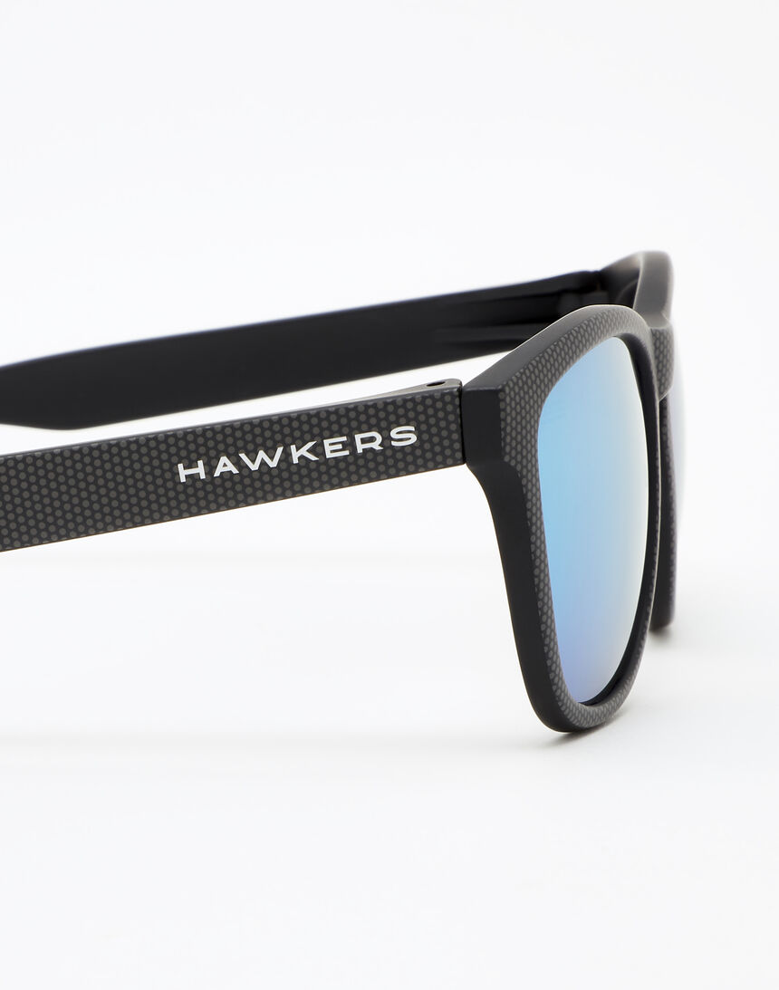 Hawkers ONE - POLARIZED CARBONO BLUE CHROME master image number 5.0